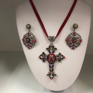 Jewelry - Red Suede Roses Necklace & Earrings set $14